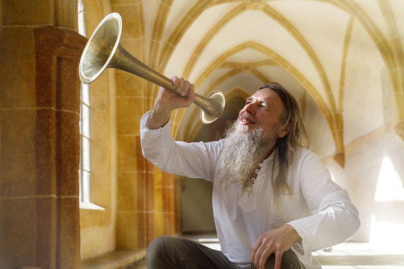 Marčik s trumpetou